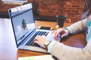 Why I Quit My Job to Become a Freelance Graphic Designer